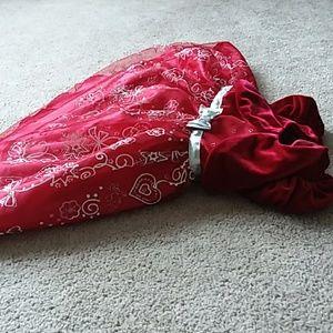 Jona Michelle Dresses - JONA MICHELLE Christmas puffy tulle and velvet 18